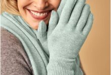 Photo of Women's Cashmere Scarf and Gloves